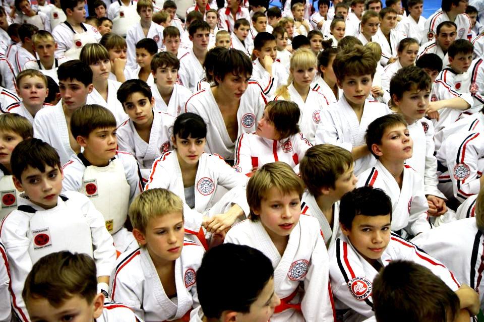 Участники  8-го объединительного чемпионата России по стилевому каратэ. Санкт-Петербург. 17-18 ноября 2012 года.