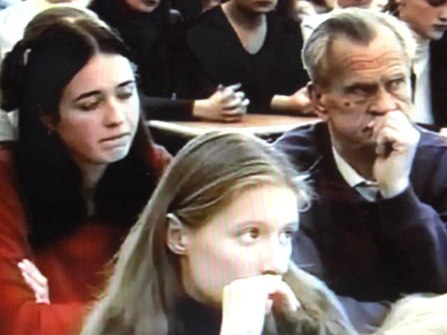 Участник 1 - го в России Открытого урока против наркотиков студенты и преподаватели КГУ. Автор фото А.Г.Огнивцев. Публикуется впервые.