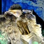 """Фотография председателя НСНБР А.Г.Огнивцева с выставки """"Дизайн-мистерия Музей бессонницы"""" художника-дизайнера Леонтия Озерникова."""