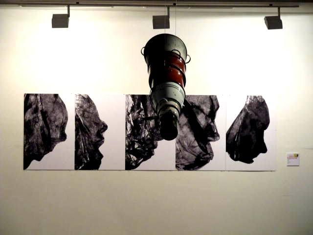 Реальность нереального… обманчивая. Изучение. Изыскания. 2013-тые мастерские. Выставка молодого искусства. Workshop 2013. Автор фото председатель НСНБР А.Г.Огнивцев. IMG_5595