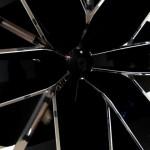 Создающий чувства в движении… Lexus HybridArt. Современное искусство в Манеже 09.08.2013г. после 19 часов. Автор фото председатель НСНБР А.Г.Огнивцев. IMG_5669