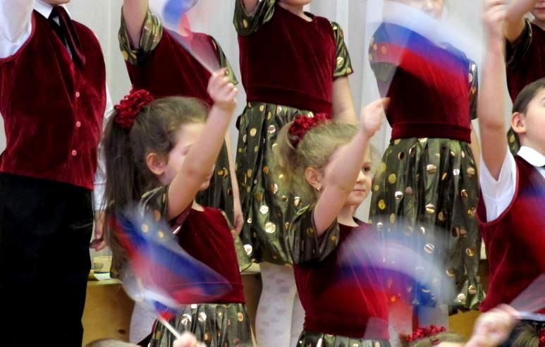 Mcrsi.ru: НСНБР. Искусство 1332. Открытый окружной детский хоровой фестиваль 2014. Автор фото председатель НСНБР А.Г.Огнивцев. IMG02_2