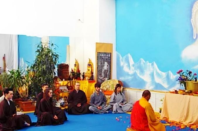 Mcrsi.ru: День рождения Будды в Школе Цигун и Кунг Фу монастыря Шаолинь. Автор фото председатель НСНБР А.Г.Огнивцев. 15052016-14
